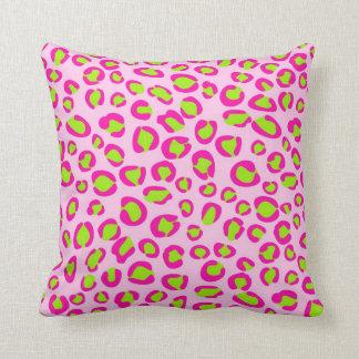 Almohada de tiro rosada y verde del estampado