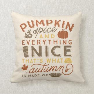 Almohada de tiro tipográfica del otoño de la