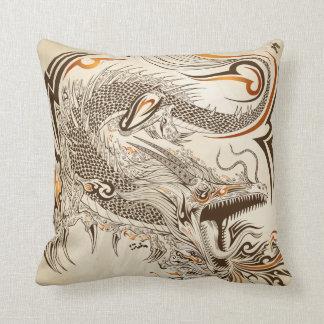 Almohada de tiro tribal del poliéster del dragón