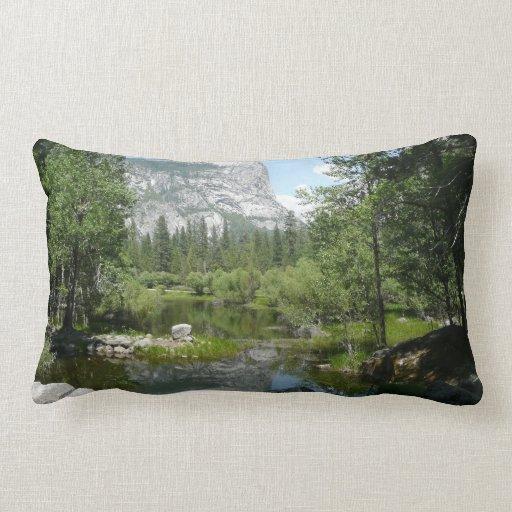 Almohada de Yosemite de la opinión del lago mirror