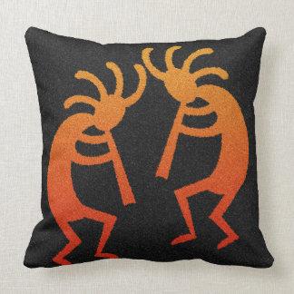 Almohada decorativa de Kokopelli del diseño al
