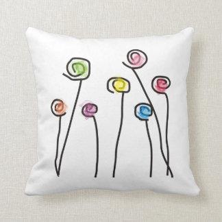 Almohada decorativa de las flores artsy