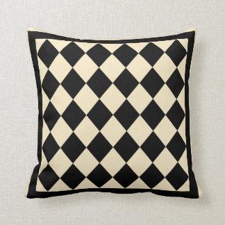 Almohada decorativa del diamante negro y poner cre