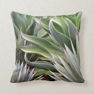 Almohada del agavo de Debra Lee Baldwin Cojín Decorativo