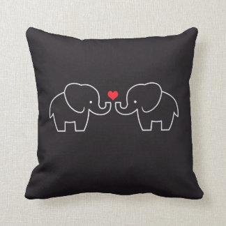Almohada del amor del elefante