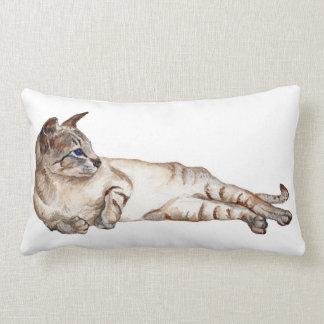 almohada del apoyo lumbar del gato siamés del