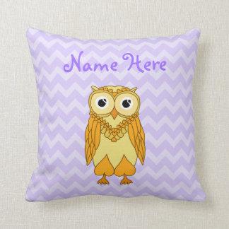 Almohada del búho: Personalizado púrpura amarillo