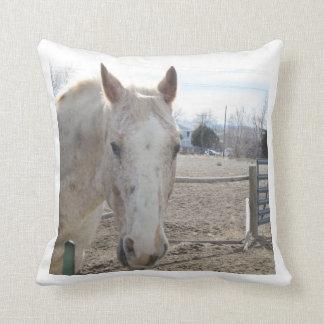 Almohada del caballo blanco