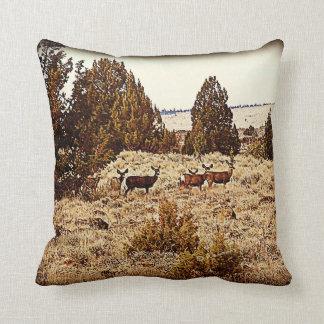 Almohada del ciervo mula