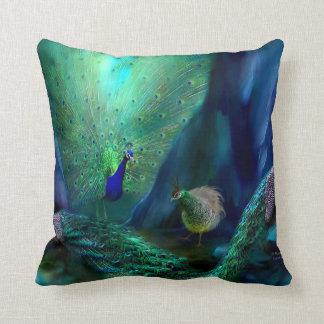 Almohada del diseñador del arte de tan muchos pavo