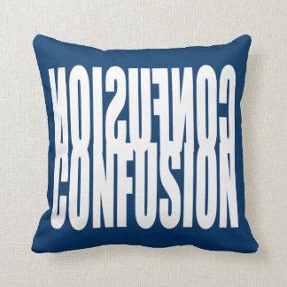 Almohada del diseño del texto de la confusión