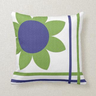 Almohada del diseño floral de la primavera