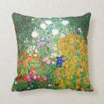 Almohada del jardín de flores de Gustavo Klimt