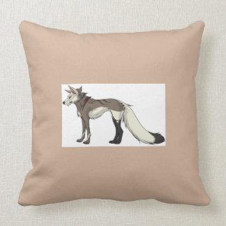 Almohada del lobo de la chaqueta de punto