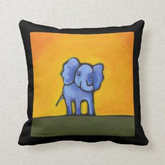 Almohada del mono y del elefante