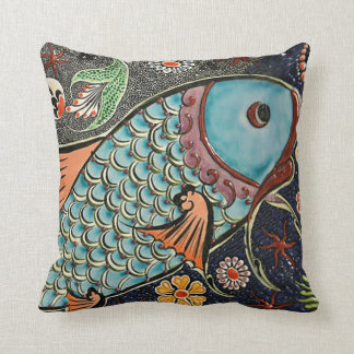 Almohada del mosaico de Koi
