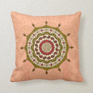 Almohada del oro de la fantasía de Mehndi