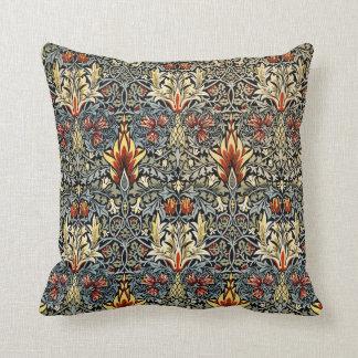 Almohada del papel pintado de William Morris