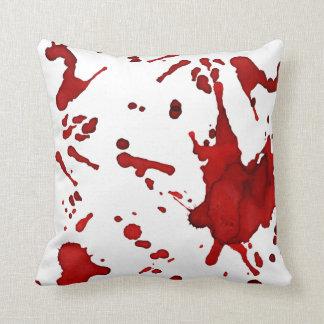 almohada del salpicón de la sangre