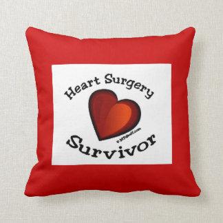 Almohada del superviviente de la cirugía de corazó