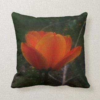Almohada del tulipán del diseñador