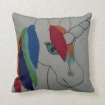 Almohada del unicornio del arco iris