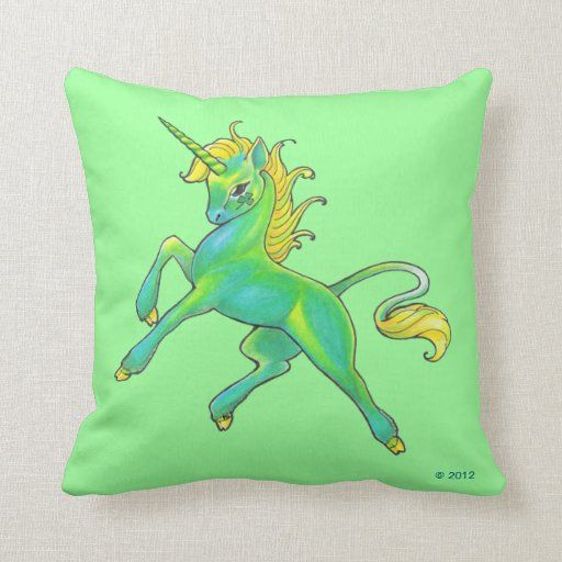 Almohada del unicornio del día de St Patrick