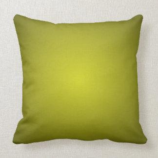 Almohada dimensional verde oliva de la decoración