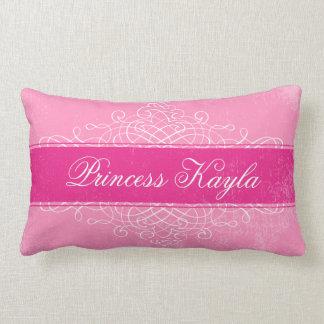 Almohada dulce de encargo del Flourish del rosa en