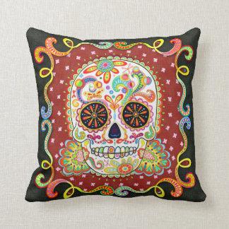 Almohada enrrollada colorida del cráneo del azúcar
