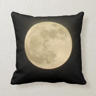 Almohada estupenda de la luna
