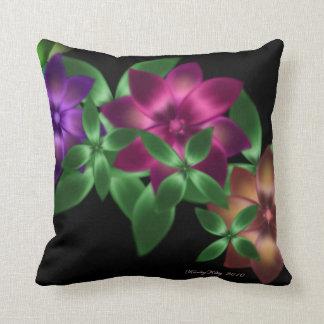 Almohada exótica de la vid de la flor