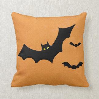 Almohada extravagantemente de Halloween que va