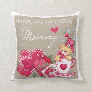 Almohada feliz de la mamá del día de San Valentín