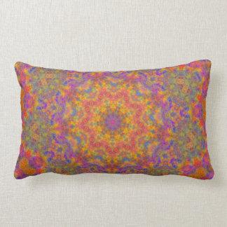 Almohada geométrica colorida del Lumbar de la estr