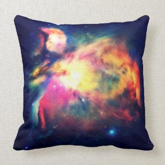 Almohada Hauntingly hermosa de la nebulosa de Cojín Decorativo