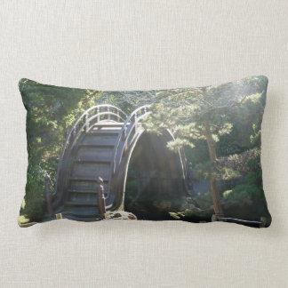 Almohada japonesa de MoJo del americano del puente