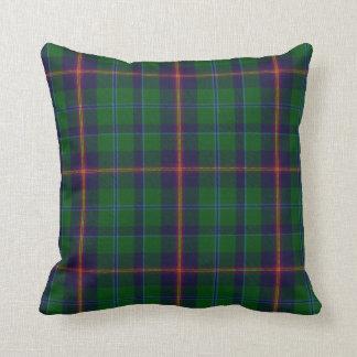 Almohada joven de la tela escocesa de tartán del