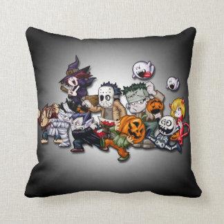 Almohada linda de los caracteres de Halloween