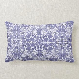 Almohada lumbar floral de Nouveau del arte azul