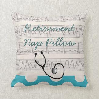Almohada médica jubilada de la siesta