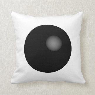 +Almohada mínima blanco y negro de la esfera+ Cojín