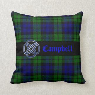 Almohada negra de la tela escocesa de tartán del r