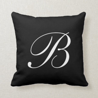 Almohada negra del monograma de la letra B