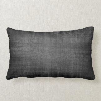 Almohada negra del terciopelo