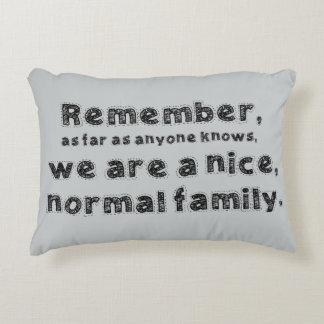 Almohada normal del acento de la familia