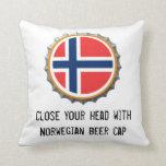 Almohada noruega del casquillo de la cerveza
