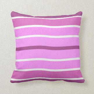 Almohada ondulada púrpura blanca rosada de las