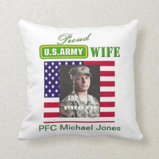 Almohada orgullosa de la esposa del ejército - aña