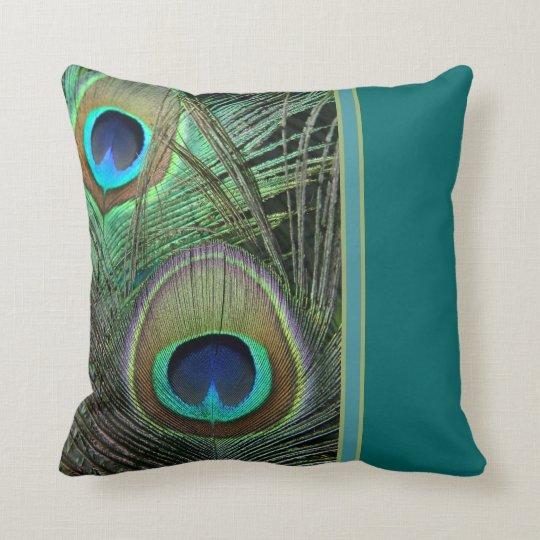 Almohada orgullosa del pavo real y del trullo cojín decorativo